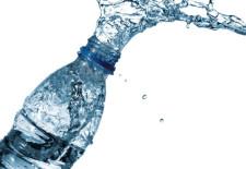 Rodzaje wód butelkowanych – zaskakująca charakterystyka